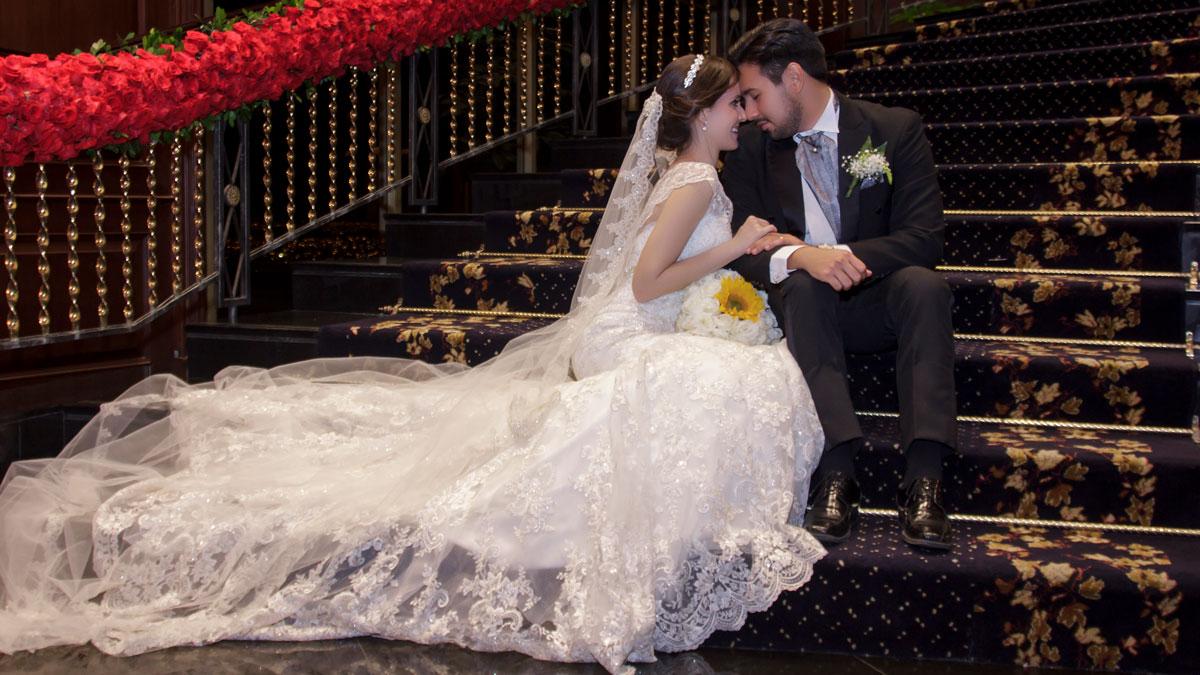 fotografía matrimonio escalera